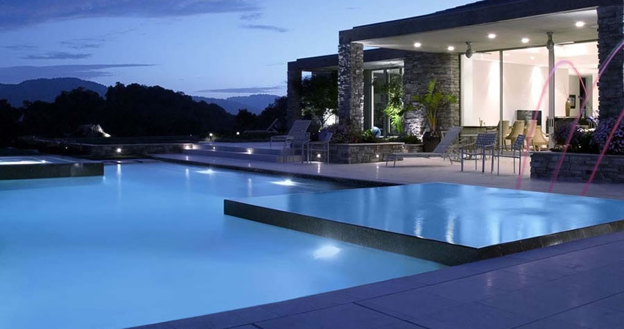 Luxury Vanishing Edge Pool. Welcome   Aquatic Technology Pool   Spa   Creating water as Art